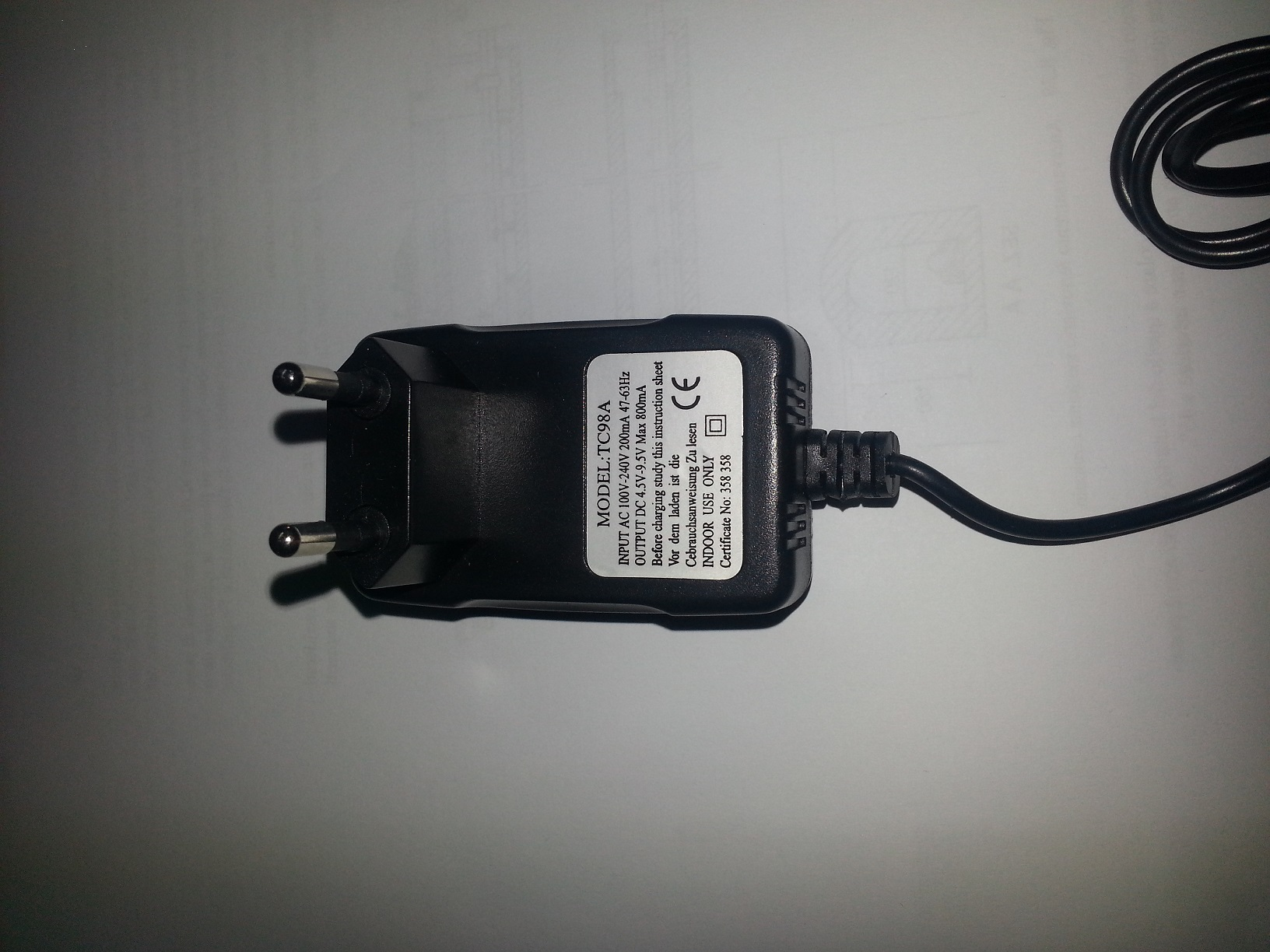 ADAPTER / ALIEMNTATORE AC-DC 220V OUT 4.5V -9.5V  800MA